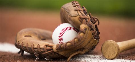 Youth Baseball Gloves: 5 Best Kid Glove Reviews for 2020